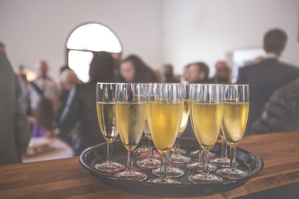 Gastvrijheid in evenementen is ontzettend belangrijk; nét even dat stapje harder lopen voor je gasten om hun avond/dag/middag totaal onvergetelijk te maken!